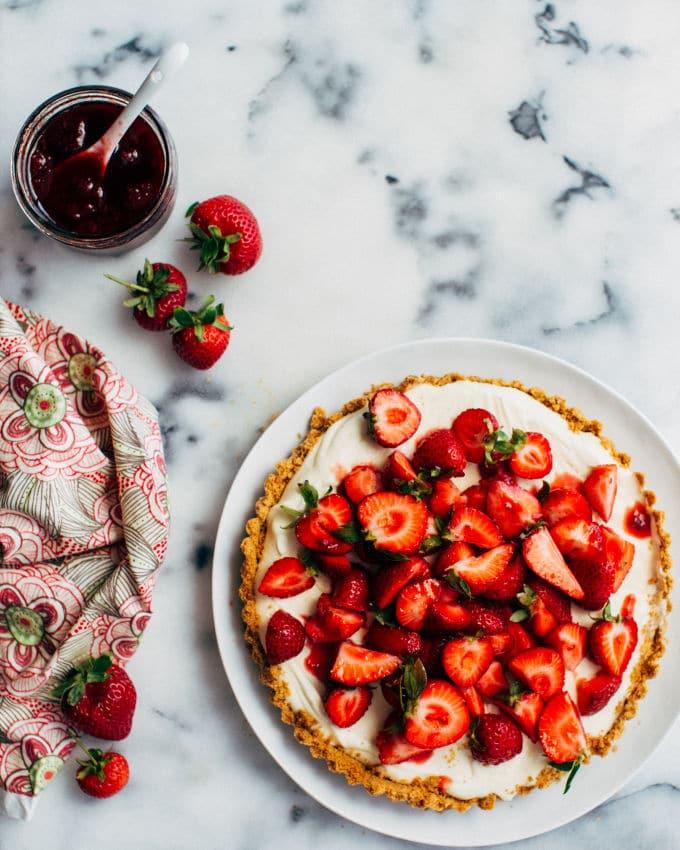 Strawberry white chocolate mousse tart recipe for White chocolate and strawberry tart