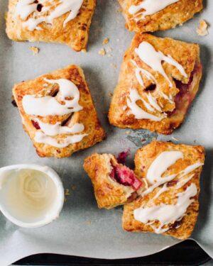 Rhubarb Hand Pies Recipe