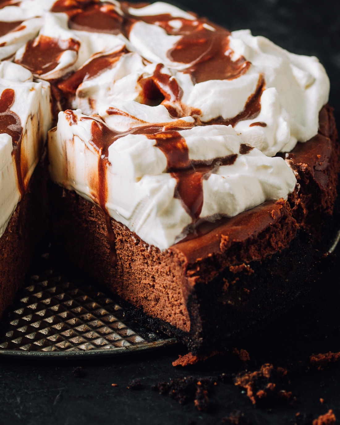 Best-Ever Chocolate Mousse Cheesecake - Foodess